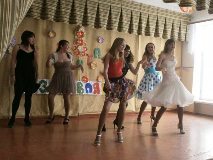 Танец стиляг на выпускной