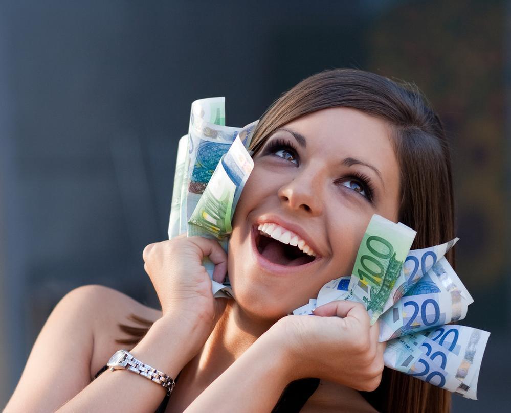 Фото девушек з деньги