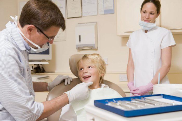 Ребёнок в стоматологическом кабинете