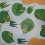 Лягушонок на болоте