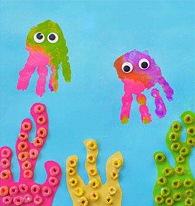 Медузы и водоросли