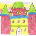В подготовительной группе дети рисуют сложные постройки - сказочные дворцы и замки
