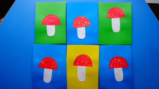 6 аппликаций грибов на ярком фоне