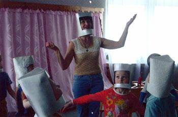 Дошкольники перевоплощаются в космонавтов