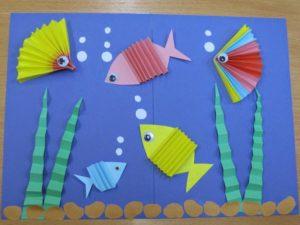 Аппликация с изображением рыбок