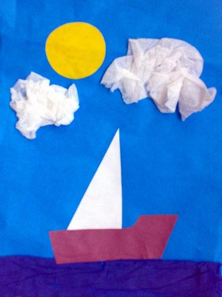 Лодочка на синем фоне с облаками-салфетками