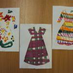 3 листа с рисунками цветных платьев