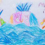 кит цветными карандашами