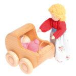 Куколка с коляской