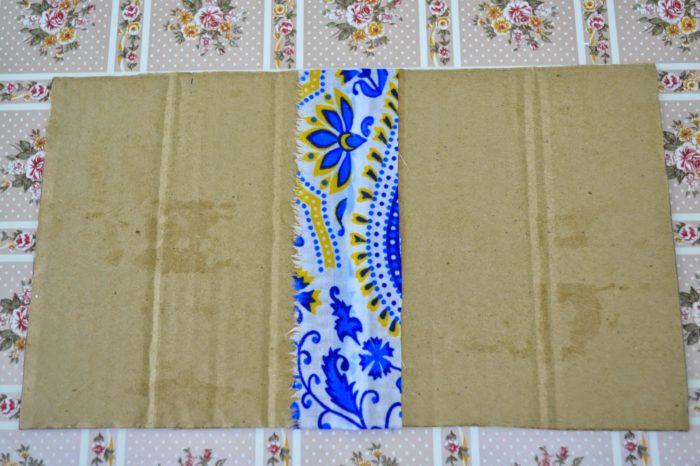 Листы картона для папки-передвижки, соединённые тканью