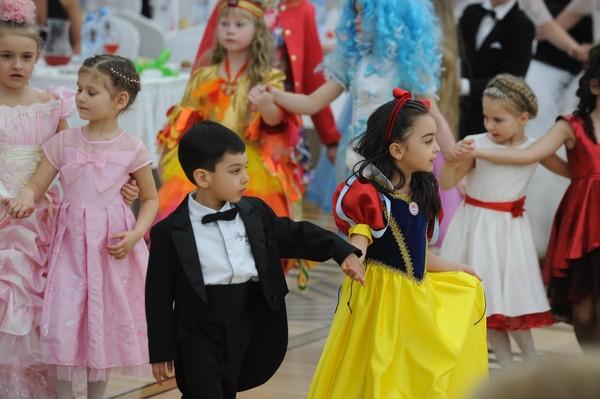 танец на выпукной в детском саду