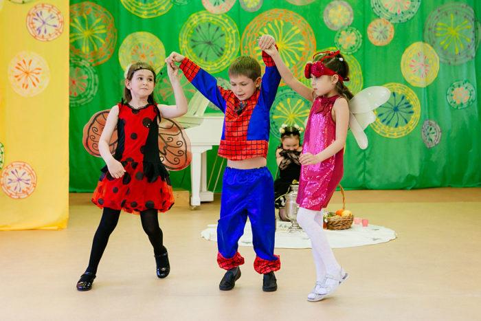 танец на выпускной в детсаду