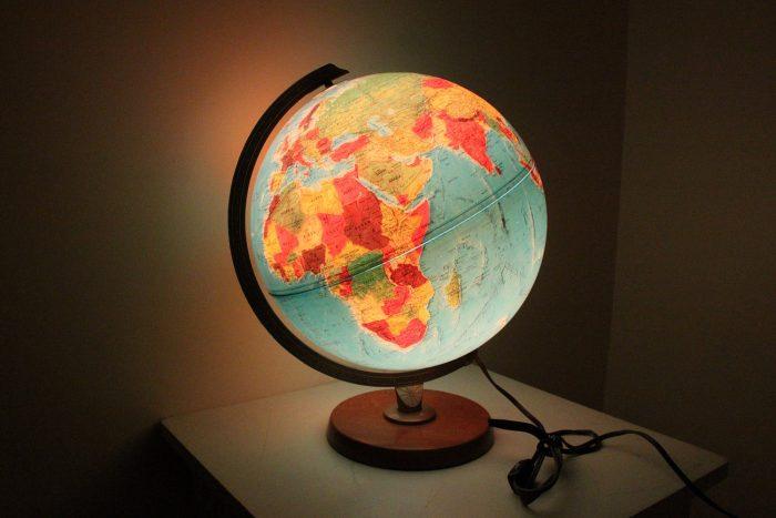 Глобус-светильник
