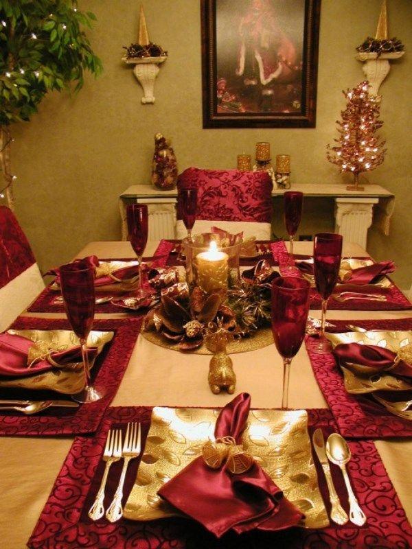 Интересное украшение новогоднего стола