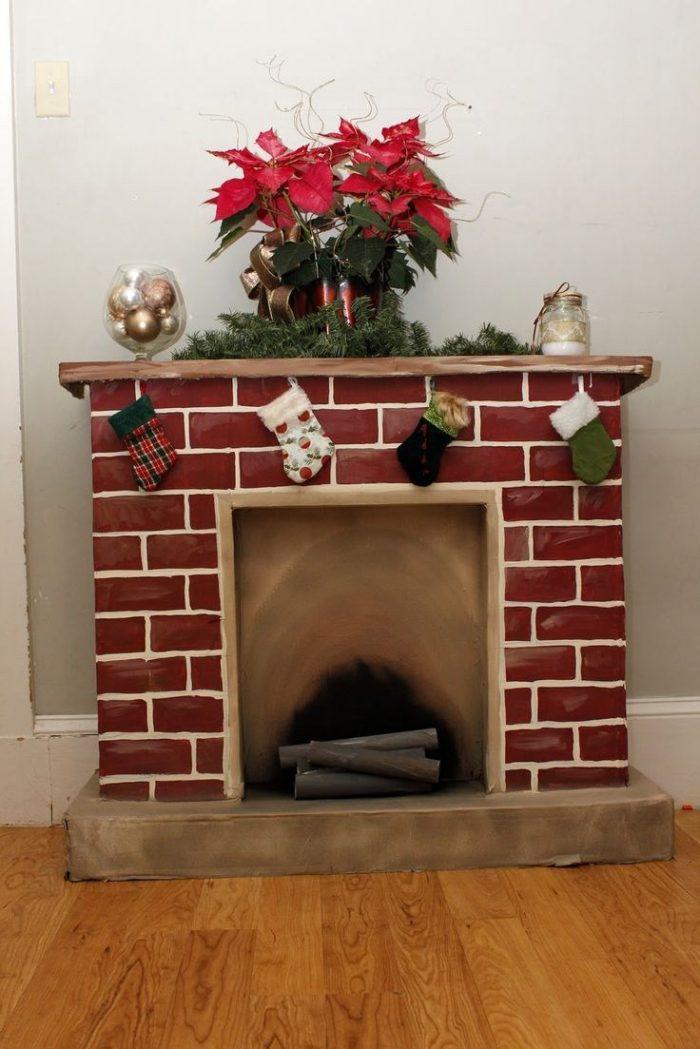 Как сделать новогодний камин