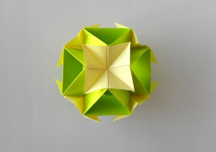 Новогодние поделки оригами