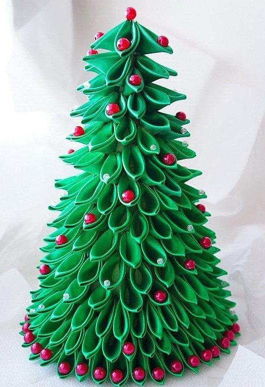 Украшение новогоднее из атласных лент
