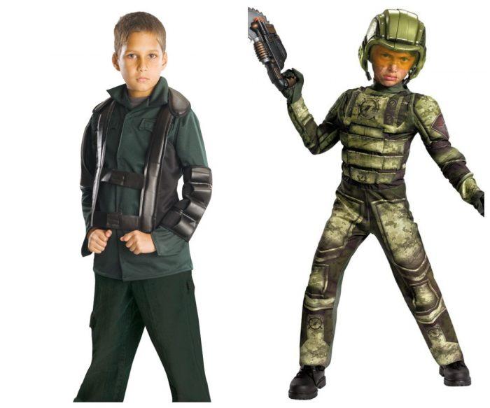 Мальчики в костюмах Терминатора