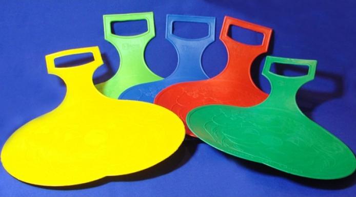 Товары для детей − ледянки разных цветов
