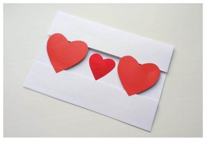 Сердца на открытке
