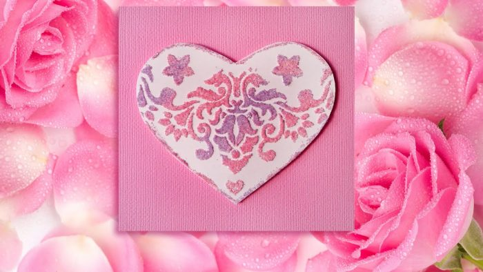 Розовая валентинка с блёстками