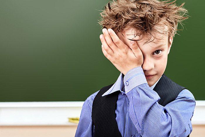 Неухоженный школьник