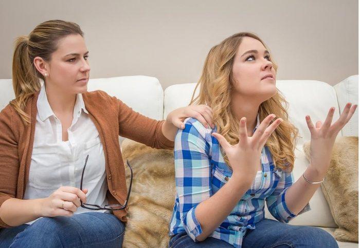 Мать и дочь ссорятся