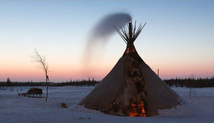 Пример жилища народов Крайнего Севера