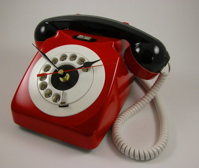 Часы из старого телефона