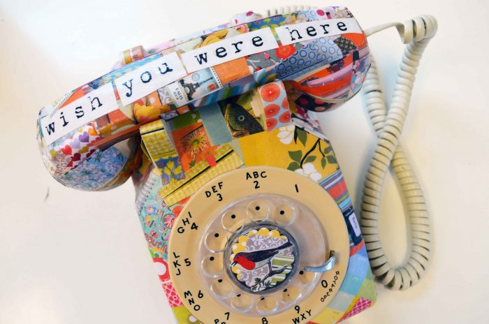 декупаж старого телефона