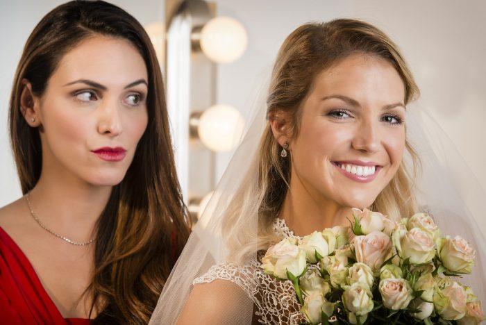 невеста с завистливой подругой